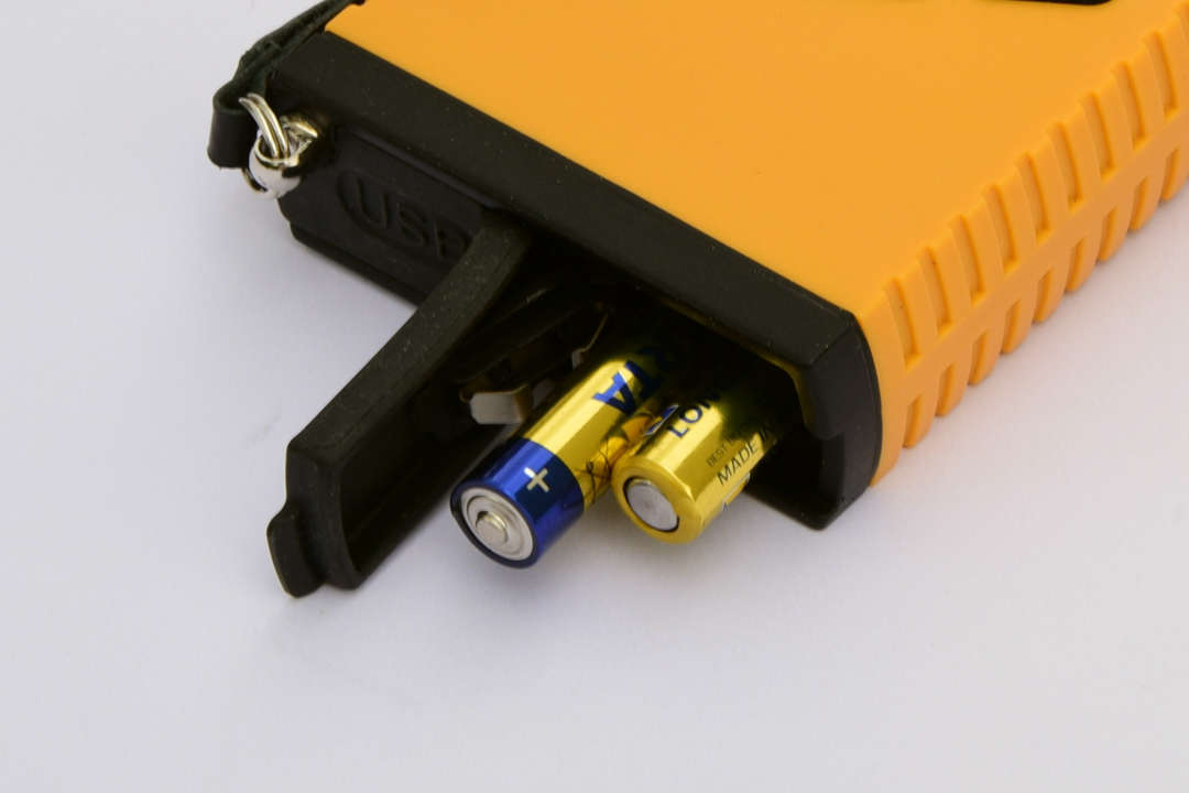 KM-7 Magnetic Susceptibility Meter batteries