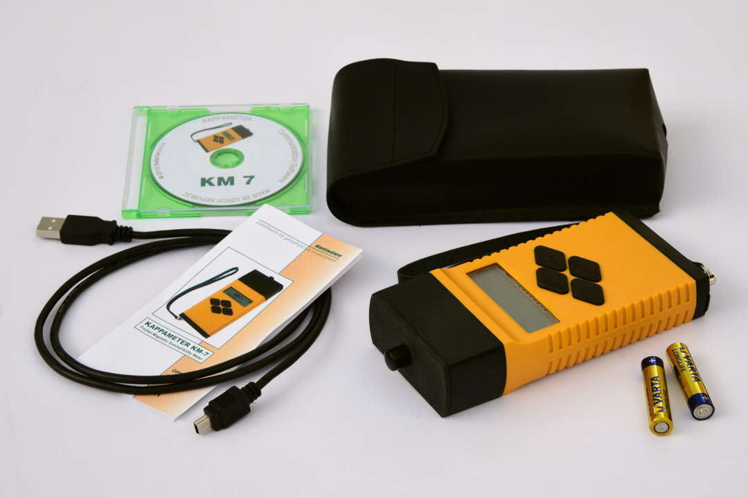 KM-7 Magnetic Susceptibility Meter with accessories